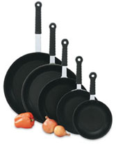 Vollrath 67608 Wear-Ever Fry Pans with SteelCoat x3� Interior and TriVent Silicone Handle