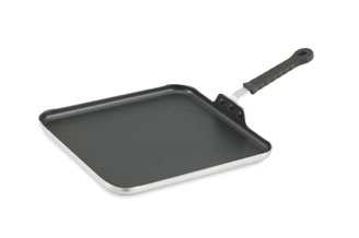 Vollrath 77530 Tribute Griddle with CeramiGuard II Non-Stick